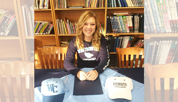 Softball Player signing to play in college
