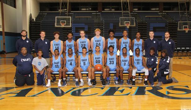Boys-Bball-Varsity-Team